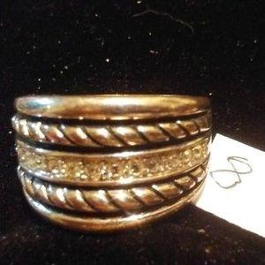 Size 8 Silvertone & Rhinestone Cocktail Ring